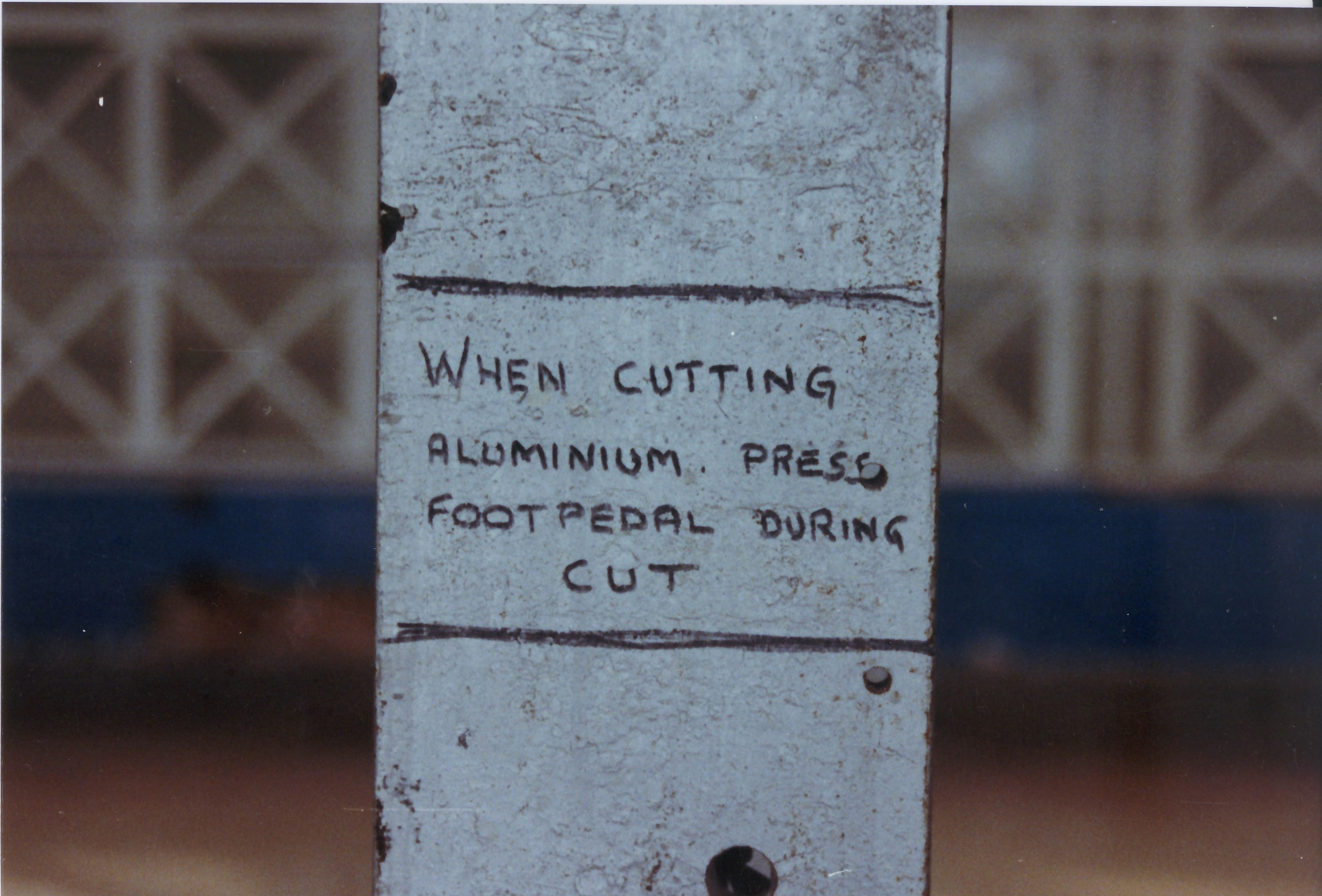 p-064-15-crittalls-notice-about-cutting-aluminium
