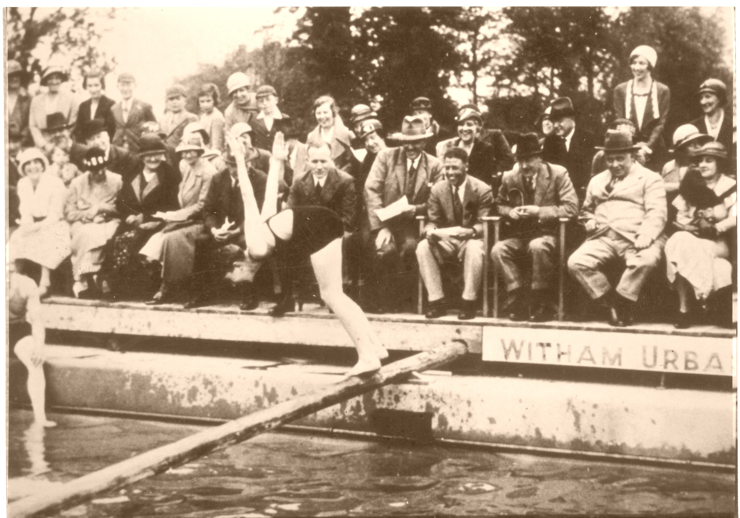 The Opening Of The Swimming Pool Behind The Swan 153 Newland Street In 1933 The History Of